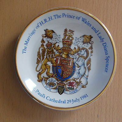 LADY DIANA  &  PRINCE CHARLES - ROYAL MARRIAGE SOUVENIR - Hochzeitsteller 1981