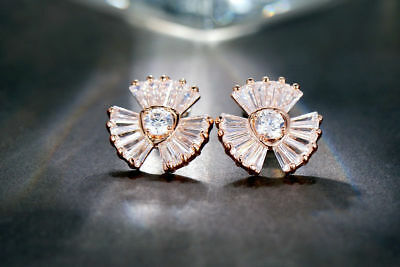 New 18K Rose Gold GF Clear Lovely Crystal Fashion Stud Earrings Stunning