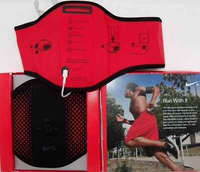 NIKE SPORTS ARMBAND * NEW  for Apple IPOD NANO CASE  $29 RETAIL RUNNING WORK-OUT