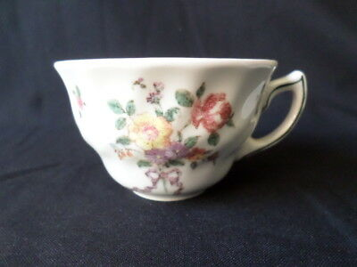 Royal Doulton. Old Leeds Sprays. Tea Cup. D6203. Made In England.
