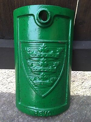 Antique Cast Iron Hull Lamp Post Inspection Cover revo