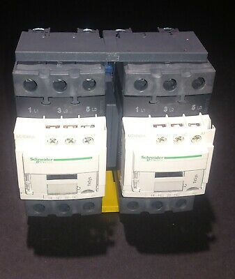 LC2D40AG7 - Schneider Electric Reversing Contactor