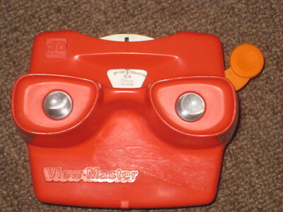 Working red View-Master with 1 Roadrunner Wile reel