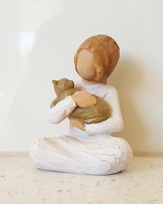 Willow Tree Figurine Kindness A Girl and Her Cat By Susan Lordi 26218