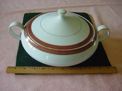 Crown Empire fine china covered vegetable serving bowl casserole Empress pattern