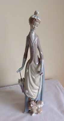 Vintage Lladro Porcelain Elegant Tall Lady Figurine With Umbrella & Chihuahua