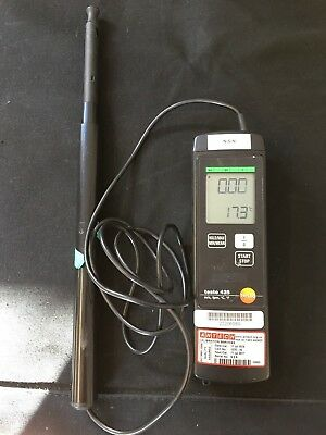 Testo 425 Thermal Anemometer with probe, incl. telescopic handle / Working