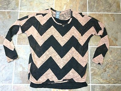 NWT CHELSEA /& THEODORE Women/'s Printed Knit Pullover buttons up back Sz M L