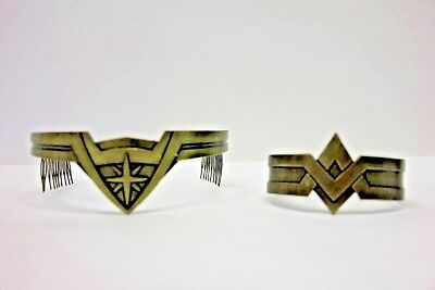 Bioworld DC Comics Wonder Woman Tiara and Cuff Set Cosplay 2 Piece Movie