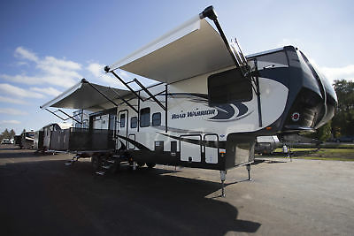Road Warrior RW427 RV Side Patio 5th Wheel Toy Hauler Last One In Stock