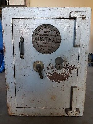 Antique Security Safe Austral Thief Fire and Explosive Heritage Vintage
