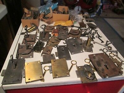 P100 Big Lot of Antique & Vtg Escutcheon Locks Skeleton Keys Cabinet Door Others