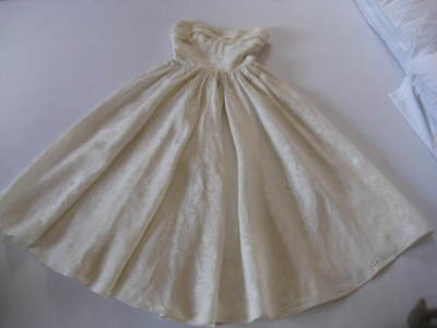1956 vintage creamy white off the shoulder wedding dress with circular skirt, S