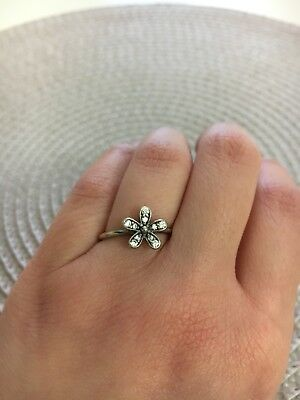 25efc3eaa ... cheap pandora dazzling daisy silver ring size 52 with cubic zirconia  b49a0 76f11
