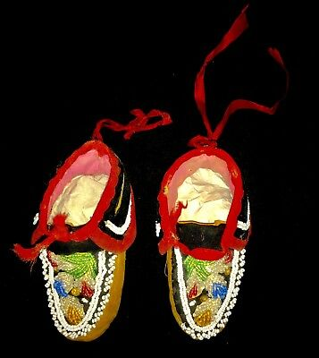 Antique Native American Iroquois Tribe Beaded Moccasins - Baby Size -