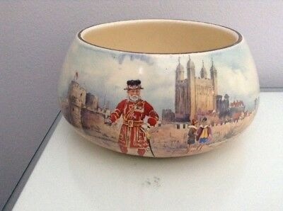Royal Doulton Historic England Series. Beefeater At Tower Of London Bowl