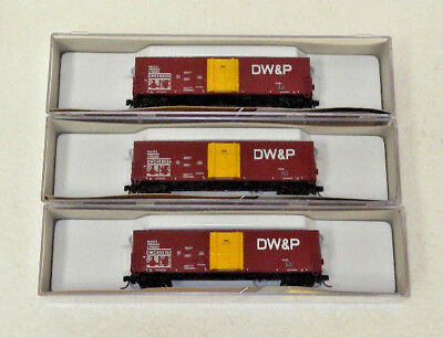 3 x True Line N Scale Duluth, Winnepeg & Pacific 50' Boxcars