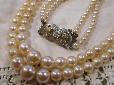Lovely Vintage 1950s Double Strand Glass Pearl Necklace with pretty clasp