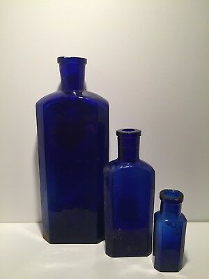 Antique bottle / alte Flasche / Kobalt glas / Blauglas / um 1900