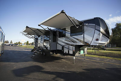 Cyclone 3600 5th Wheel Toy Hauler RV 12.5' Garage Loft Bunkhouse Call Quickly