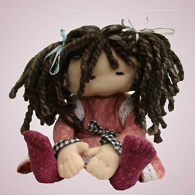 Dilly cloth doll soft toy sewing pattern.    11 inches tall (23cm)