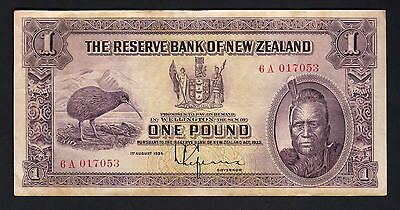 NEW ZEALAND P-155. (1934-40) 1 Pound - Lefeaux.. Prefix 6A..  VF - Crisp