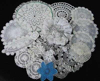 18 X Vintage Hand Crocheted Knitted Finest Cotton Doilies Wedding Party 32 Cm