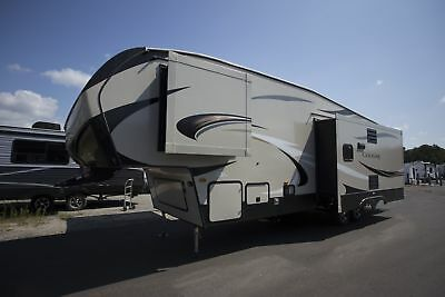 Ship To Your Door 2018 Cougar Half Ton 30Rls Fifth Wheel Rear Living Camper Rv