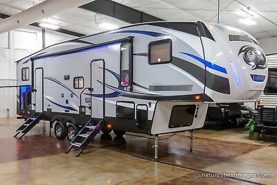 New 2018 315TBH8 Lite Light Weight Bunkhouse 5th Fifth Wheel Bunks Auto Leveling