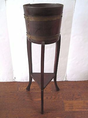 Antique R.A. Lister & Co English Oak Copper Barrel Plant Fern Jardinière Stand
