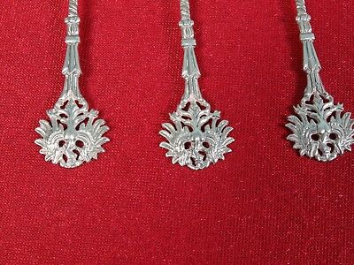 UNUSUAL Collectable EAGLE Spoons SILVER