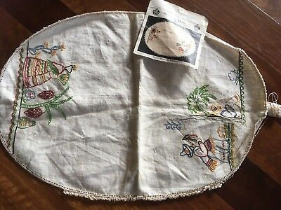 Vintage Traced Linen Regal Siesta Mexican Centrepiece Doily Complete Embroidery