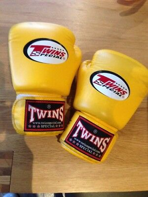 twins special 12oz boxing gloves yellow Muay Thai