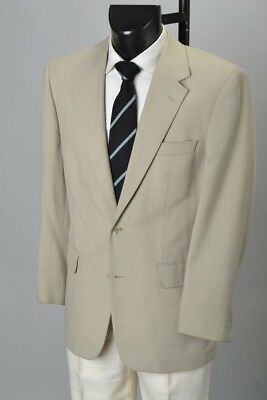 Industrialist's 1970s' Summerweight Tan Polyester-Wool Mix Jacket. Ref EIR