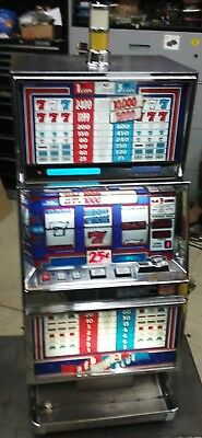 IGT SLOT MACHINE red ,white and blue