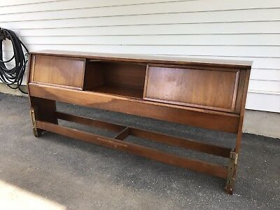1960's Henredon Mid-Century Modern Walnut King Size Headboard and Mattress Frame