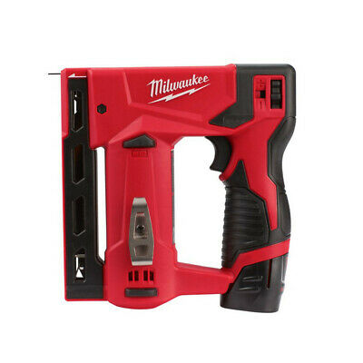 Milwaukee M12BST-202X Akku-Tacker 12V / 2x 2.0 Ah