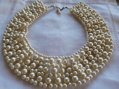 Beautiful Vintage 1950s PEARL Collar Necklace