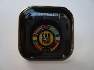 "OPEL AMPERA PIN  "" CAR OF THE YEAR  2012  Glasiert ""   NEU !!!"