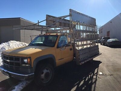 2002 Chevrolet 3500 with Stainless Steel Barkow Glass Rack