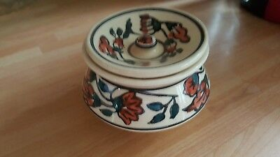 pair of small decorative pots