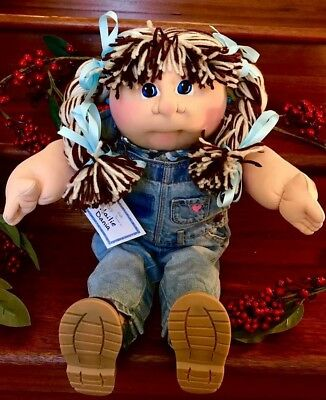 2017 Fall Fest Soft Sculpture Cabbage Patch Kids Girl 22inch