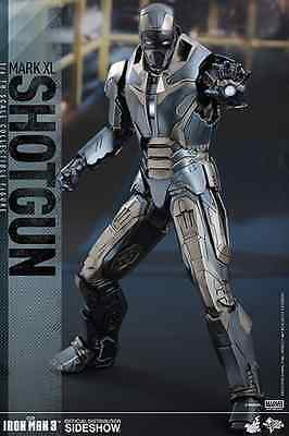 Hot Toys Marvel's Iron Man Mark Xl Shotgun / Sixth Scale Figure