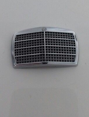 1:18 Mercedes w114 w115 /8 Front grille