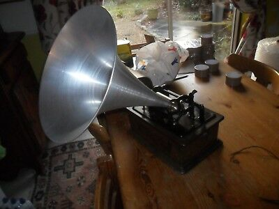A good Banner Transfer Edison Standard working cylinder Phonograph + record