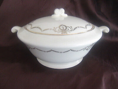 Edwin M Knowles Adams Semi-Vitreous Round Covered Vegetable Dish 42-7