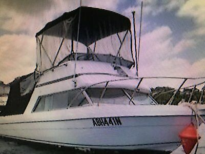 Bayliner 28Ft Flybridge With Outboards