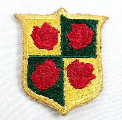 VINTAGE FOUR ROSES BOURBON WHISKEY PATCH WWII US ARMY 442nd RCT ANTI TANK BADGE