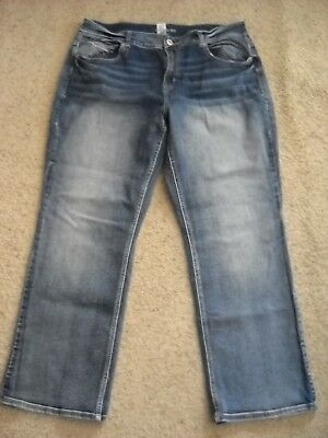 Womens MAURICES Stretch Denim Jeans--Size 18 Short--CUTE!