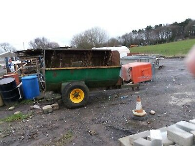 Muck Spreader 2 ton rotary Fraser in working order